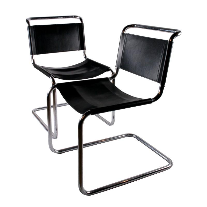 Chaise Marcel Breuer en métal et cuir noir